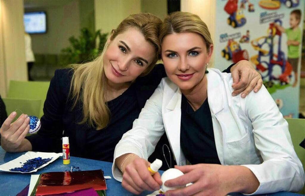joanna brodzik rekomenduje dr annę krysiukiewicz-fenger, najlepszy pediatra w warszawie